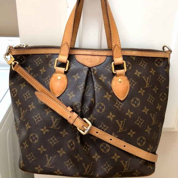 Louis Vuitton Handbags - LOUIS VUITTON MONOGRAM PALERMO PM 1041527bd51aa